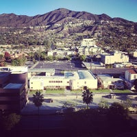 Photo taken at Hilton Los Angeles North/Glendale & Executive Meeting Center by Mike S. on 11/24/2012