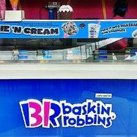 Photo taken at Baskin Robbins by Ron P. on 7/21/2013