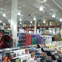 Photo taken at Costco Wholesale by Phi D. on 9/21/2012