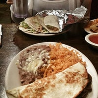 Photo taken at Kiosco Mexican Restaurant by Stephen C. on 9/12/2015