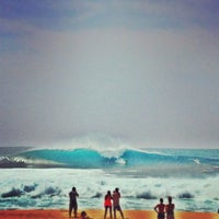 Photo taken at Banzai Pipeline by Robin D. on 4/6/2013