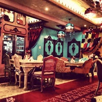 Photo taken at Shakespeare and Co. شكسبير أند كو by BeenaColada on 12/25/2012