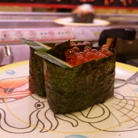 Photo taken at かっぱ寿司 十日町店 by hinayui07 on 2/8/2014