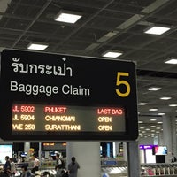 Photo taken at Baggage Claim 5 by Kityaporn C. on 7/12/2015
