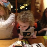 Photo taken at Olive Garden by Kimberle T. on 12/11/2014