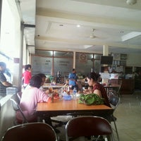 Photo taken at Restaurant Sunda Kelapa by Paul K. on 9/15/2013