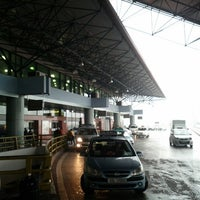 Photo taken at Noi Bai International Airport (HAN) by David on 11/25/2012