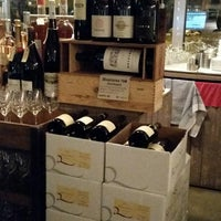 Photo taken at Vagabond Wines by Roberta A. on 11/23/2014