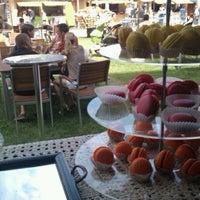 Photo taken at OTP Klub Gourmet Fesztivál by Bela M. on 6/9/2012