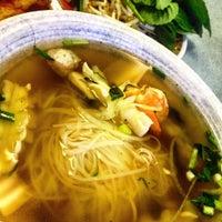 Photo taken at Saigon Noodle House by Tina M. on 11/26/2015