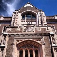 Photo taken at University of Washington by Namî on 7/25/2013