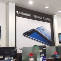 Photo taken at Samsung Service Center by Ananda R. on 12/24/2016