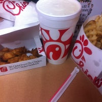 Photo taken at Chick-fil-A by Khrystinah W. on 6/17/2014