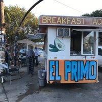 Photo taken at El Primo Taco Truck by Ryan A. on 11/12/2016