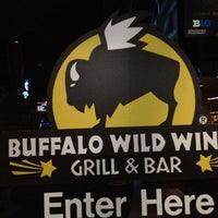 Photo taken at Buffalo Wild Wings by Alfonso M. on 11/25/2012