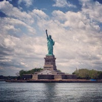 Photo taken at Circle Line Sightseeing Cruises by Vici V. on 6/14/2013