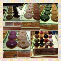 Photo taken at J.Co Donuts & Coffee by KhuMkhim L. on 2/26/2013