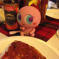 Photo taken at Charly Pizza by Laura G. on 1/24/2015
