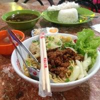 Food Court Pasar Atom