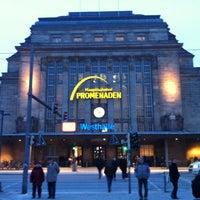 Photo taken at Leipzig Hauptbahnhof by Han P. on 1/20/2013