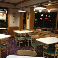 Photo taken at Wendy's by Ernesto P. on 1/18/2013