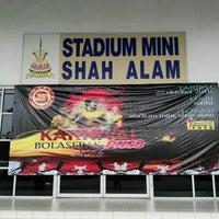 Photo taken at Stadium Mini Shah Alam by Fandi M. on 10/22/2016