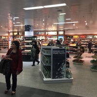 Photo taken at Duty Free by Robert B. on 2/22/2016