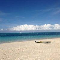 Photo taken at Gansevoort Turks & Caicos by Mark S. on 12/26/2012