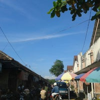 Photo taken at Pasar Bantul by D Y A H on 5/27/2014
