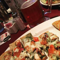 Photo taken at Gippers Sports Grill by Ro R. on 10/14/2015