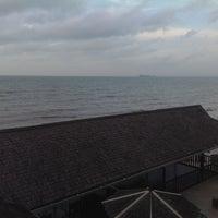 Photo taken at Hotel Gajah Mada by Sepasang Bangau L. on 10/13/2013