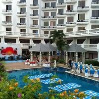 Photo taken at Caesar Palace Hotel Pattaya by Meawadee U. on 3/13/2013
