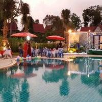 Photo taken at Lanta Resort by Smitthi K. on 4/17/2014