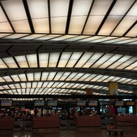 Photo taken at Changi Airport Terminal 2 by Skywalker on 7/21/2013