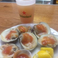 Photo taken at Pete's Clam Stop by Evangelia D. on 7/2/2014