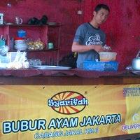 Photo taken at Bubur Ayam Syarifah Jakal by Benny M. on 1/5/2013