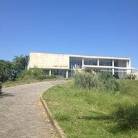 Photo taken at Museu de Arte da Pampulha by Silvestre P. on 2/22/2013