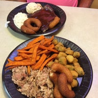 Photo taken at Bar-B-Que House by bluecat on 7/29/2015