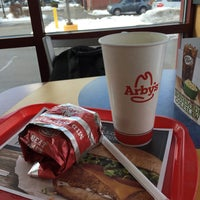 Photo taken at Arby's by naishbion on 3/5/2015