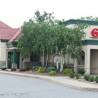 Photo taken at Grotto Pizza by Wendy L. on 6/25/2014