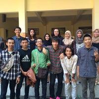 Photo taken at SMA Negeri 3 Sidoarjo by Yolanda D. on 1/30/2016