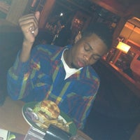 Photo taken at Applebee's by Je'hon S. on 10/14/2012