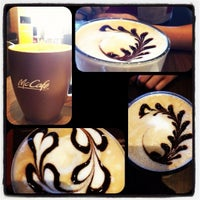 Photo taken at McDonald's & McCafé by Ching Yieng C. on 11/18/2012