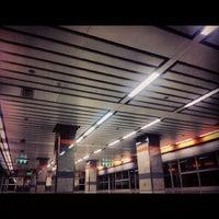 Photo taken at MRT Huai Khwang (HUI) by M-i-T-T-Y M. on 5/5/2013