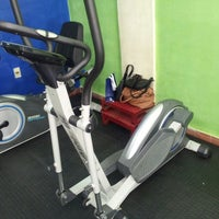 Photo taken at ELITE - Fitness & Nutrition by Cele D. on 9/20/2014