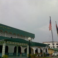 Photo taken at Masjid Jamek Sungai Abong by احمد ن. on 11/8/2014
