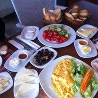 Photo taken at Cafe Trend Dünya Mutfağı by Sinan T. on 11/10/2012