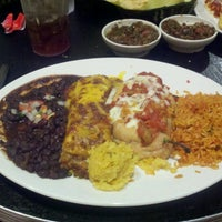 Photo taken at Chevys Fresh Mex by K D. on 9/14/2012