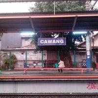 Photo taken at Stasiun Cawang by rhatyh on 6/13/2013