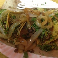 Photo taken at Taqueria La Herradura by Osiel R. on 7/13/2013